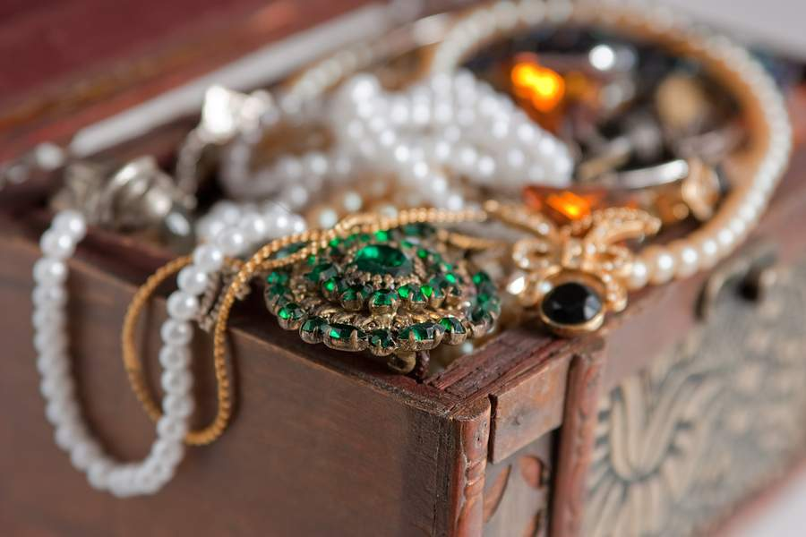 Sell Vintage Jewelry in Ohio